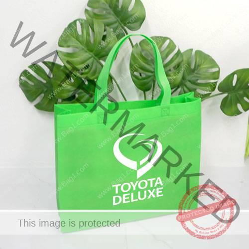 พร้อมส่งกระเป๋าผ้า Toyota Deluxe